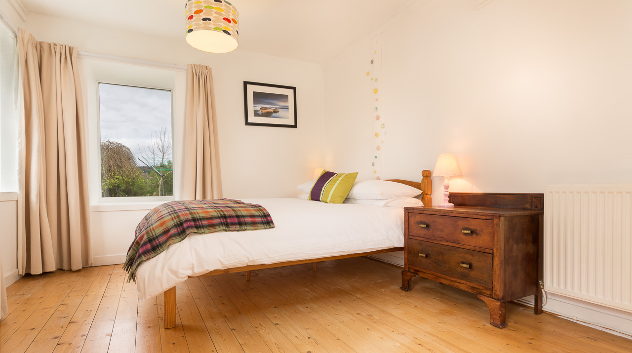 Aros Mains Castle Cottage Double Bedroom