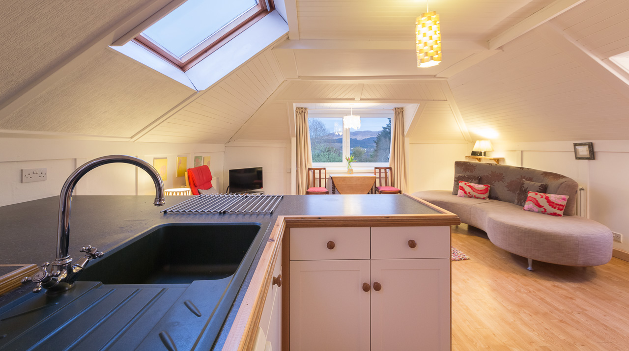Aros Mains Castle Cottage Kitchen